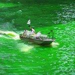 Баскские защитники природы покрасили реки