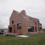 Прозрачный дом, черпающий энергию неба и земли