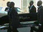 Родственники  Уитни Хьюстон возмущены опубликованными фотографиями с похорон