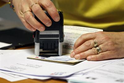 Массовая торговля копиями паспортов в Киеве