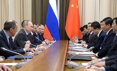 Китай надеется, что до санкций Россия не доведет
